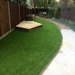Artificial Grass Installation in Black Pole 8